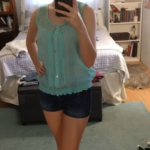 Flowy Shirt with Scrunched Bottom